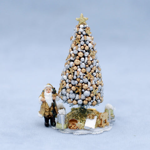 Mini Christmas Tree with Accessories, Gold and White