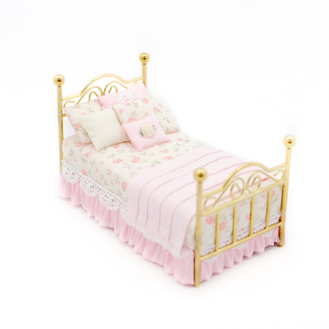 Twin Brass Bed with Pink and White