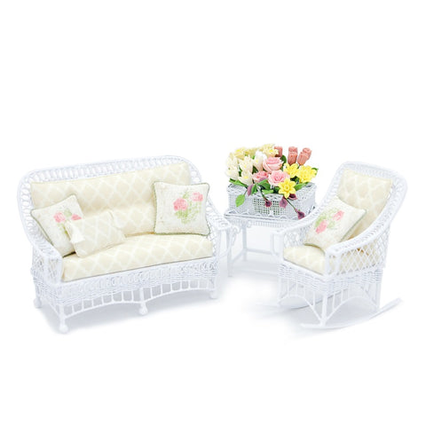 Bar Harbor Wicker Set with Planter