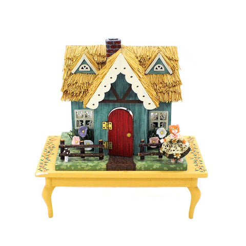 Hemy Eppich 144th Scale Cottage
