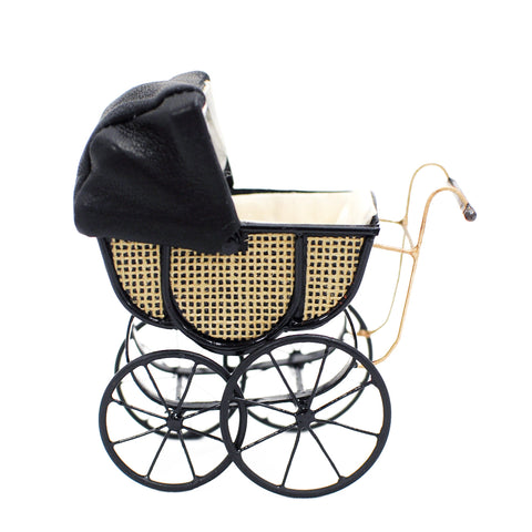 Colin Roberson English Pram