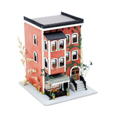 1/144th Scale Brownstone by Pat Russo