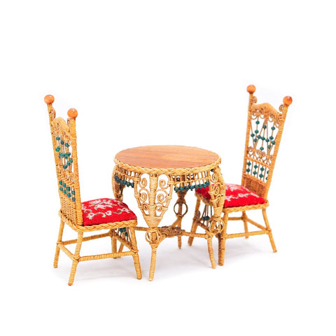 Rhea Strange Wicker Table and Chair Set