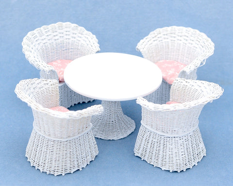 Wicker Chair, White with Rose Plaid