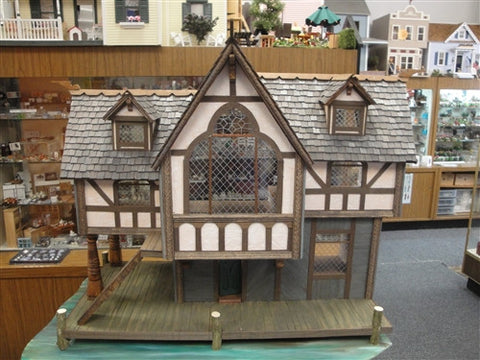 Laketown Villa From The Kingdoms of Middle Earth SOLD