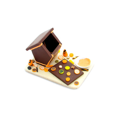 Halloween Gingerbread House Bake Set