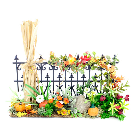 Fall Fence with Corn Stalk