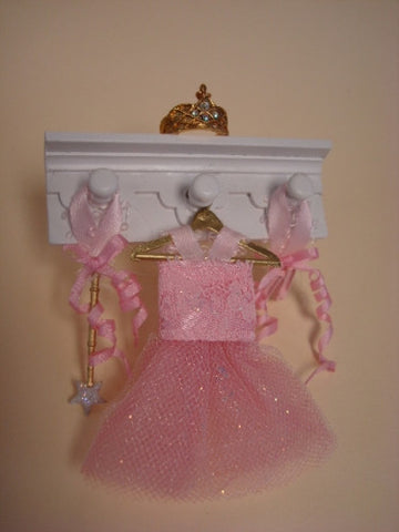 Ballerina Shelf