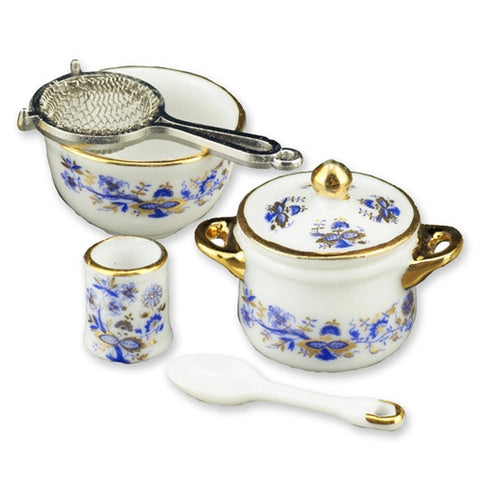 Blue Onion Cookware Set by Reutter