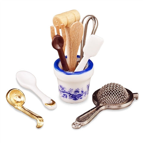 Kitchen Utensil Set with Crock