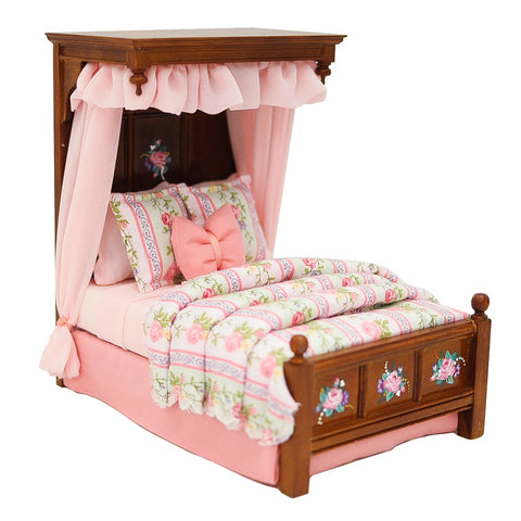 Pemberly Way Tudor Bed with Pink Roses