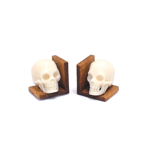 Bookends, Skulls
