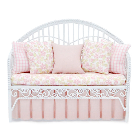 Day Bed, White Wicker with Pinks