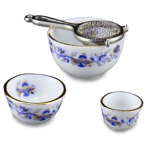 Blue Onion Mixing Bowl Set