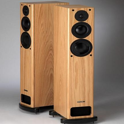 Q Acoustics Floorstanding speakers