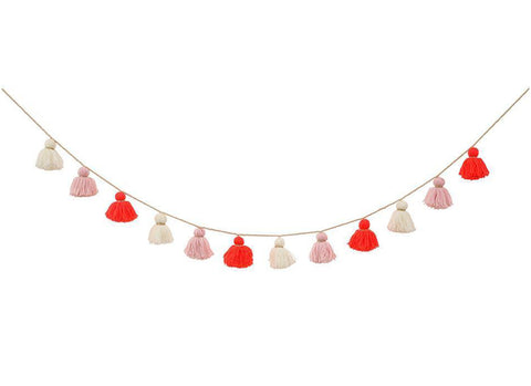 Merimeri Party - Pink Wool Tassel Garland