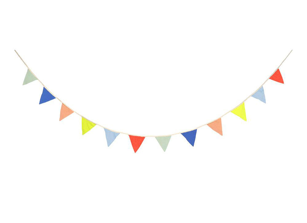 Merimeri Party - Multicolor Knitted Flag Garland