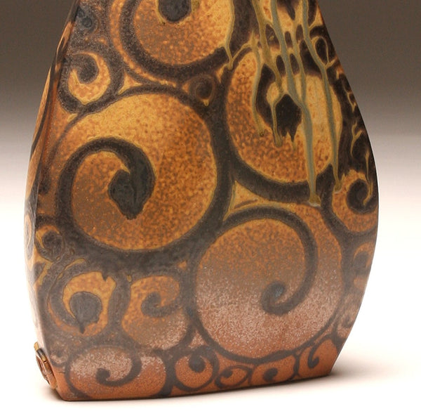 DH047 Large Spiral Tattoo Vase