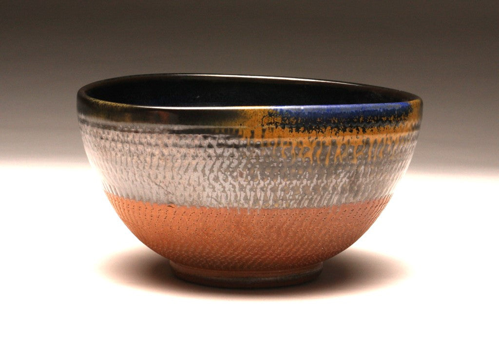 GH005 Medium Chattered Bowl