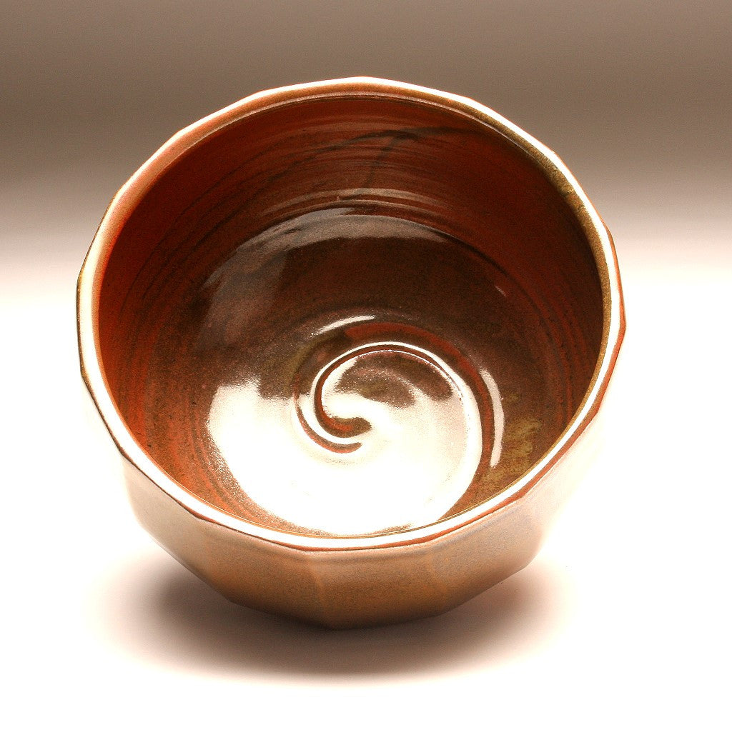 GH001 Large Cut-Sided Bowl with Sixteen Facets