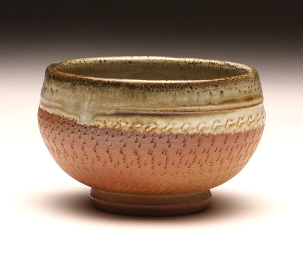 GH036 Chattered Woodfired Bowl