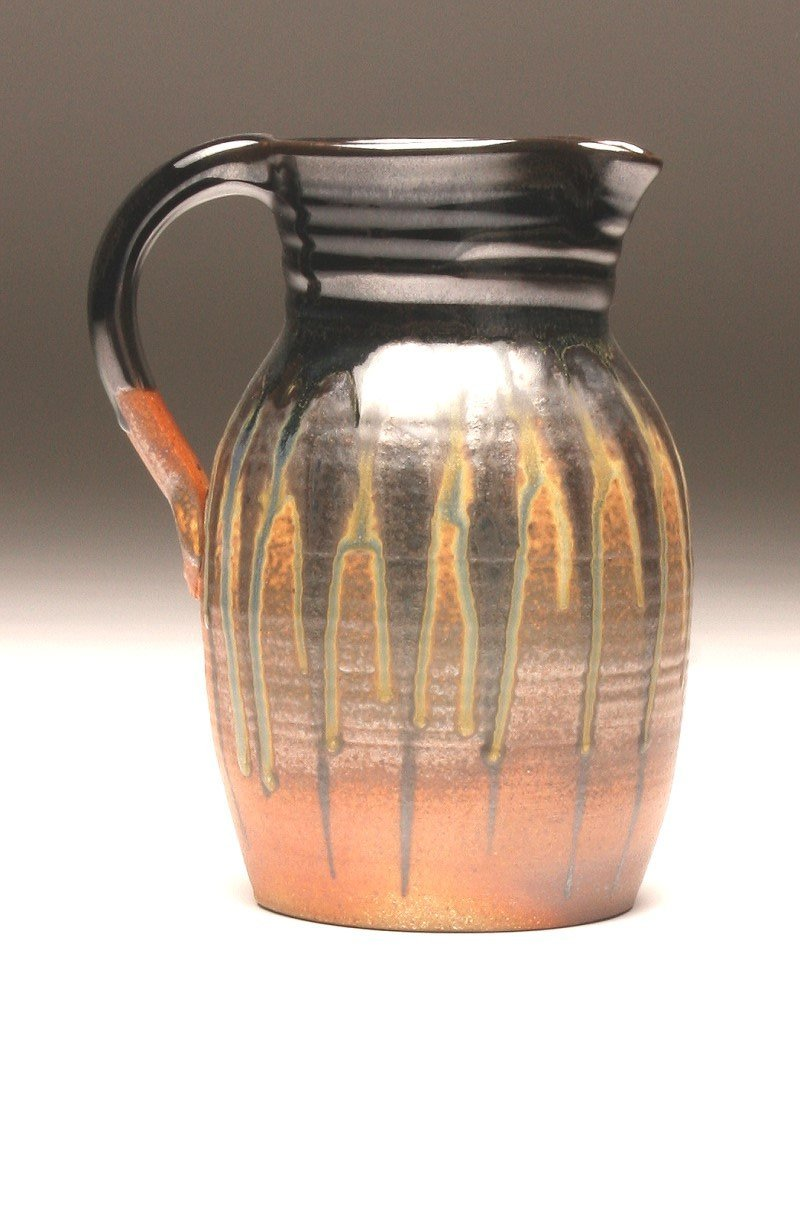 GH060 half-gallon pitcher woodfired black and gold