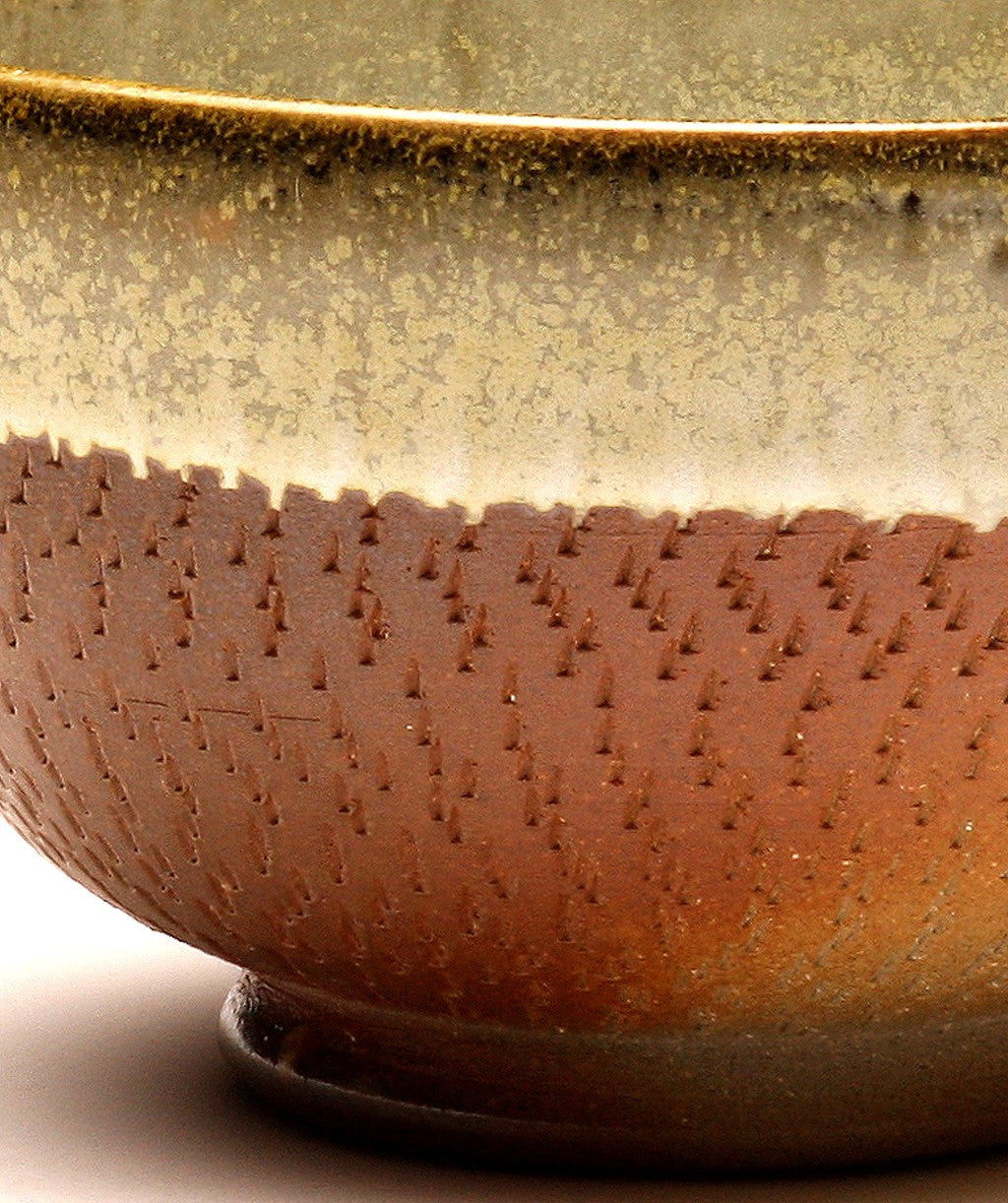 GH032 Small Wood Fired Bowl Chattered Texture