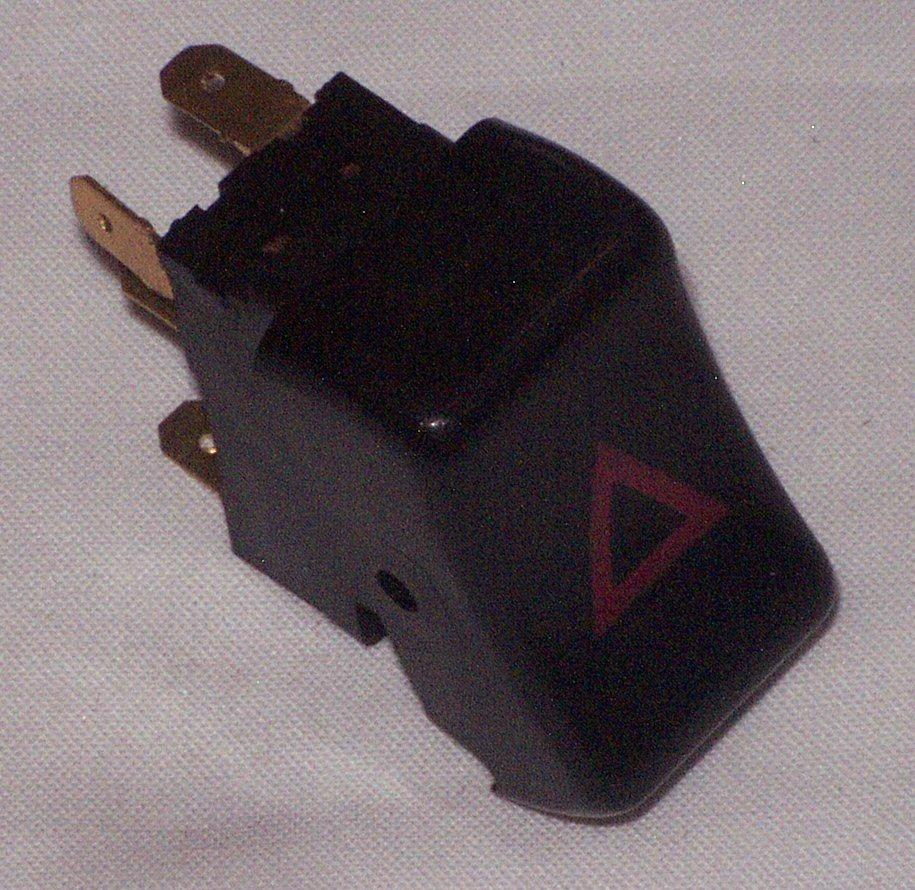635-610 156044 HAZARD SWITCH