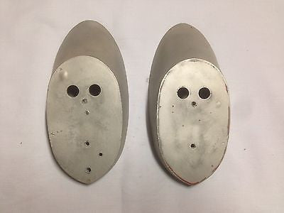 473-140K MG MGA 1500 PAIR OF TAIL LIGHT PLINTHS - MG Sales & Service