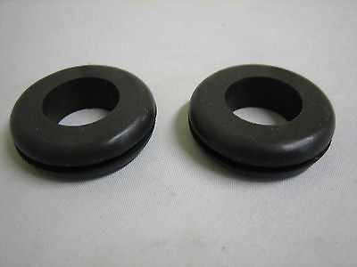 280-200 MG MGA DOOR POCKET GROMMET x2 - MG Sales & Service