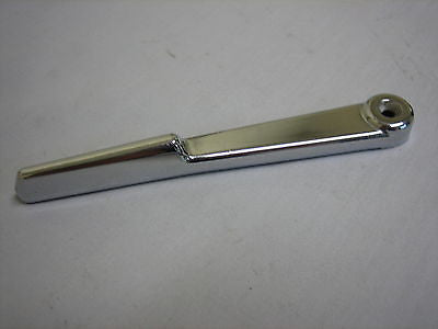 803-445S TRIUMPH TR6 SPITFIRE HOOD SOFT TOP  LOCKDOWN HANDLE - MG Sales & Service