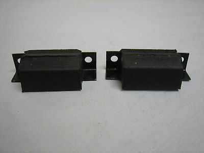 282-600 AHH6523 MG MGB BONNET BUFFER x2 - MG Sales & Service - 1