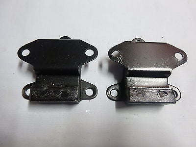 21A1902 MINI MORRIS MOKE LEYLAND CLUBMAN ENGINE MOUNTS PAIR - MG Sales & Service - 1