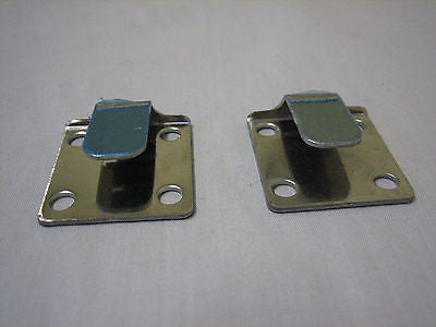 472-325 AHH6884 MG MGB HOOD FASTENER TONGUE - SOFT TOP - SET OF 2 - MG Sales & Service - 1