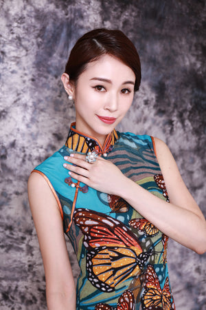 【BUTTERFLY】100% Silk Crystal Cheongsam - THE SPARKLE COLLECTION by GERMAN POOL