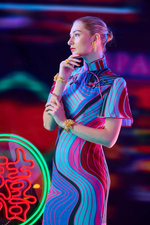 【CONTOUR HK】100% Silk Crystal Cheongsam (Short Sleeve / Regular Fit) - THE SPARKLE COLLECTION by GERMAN POOL