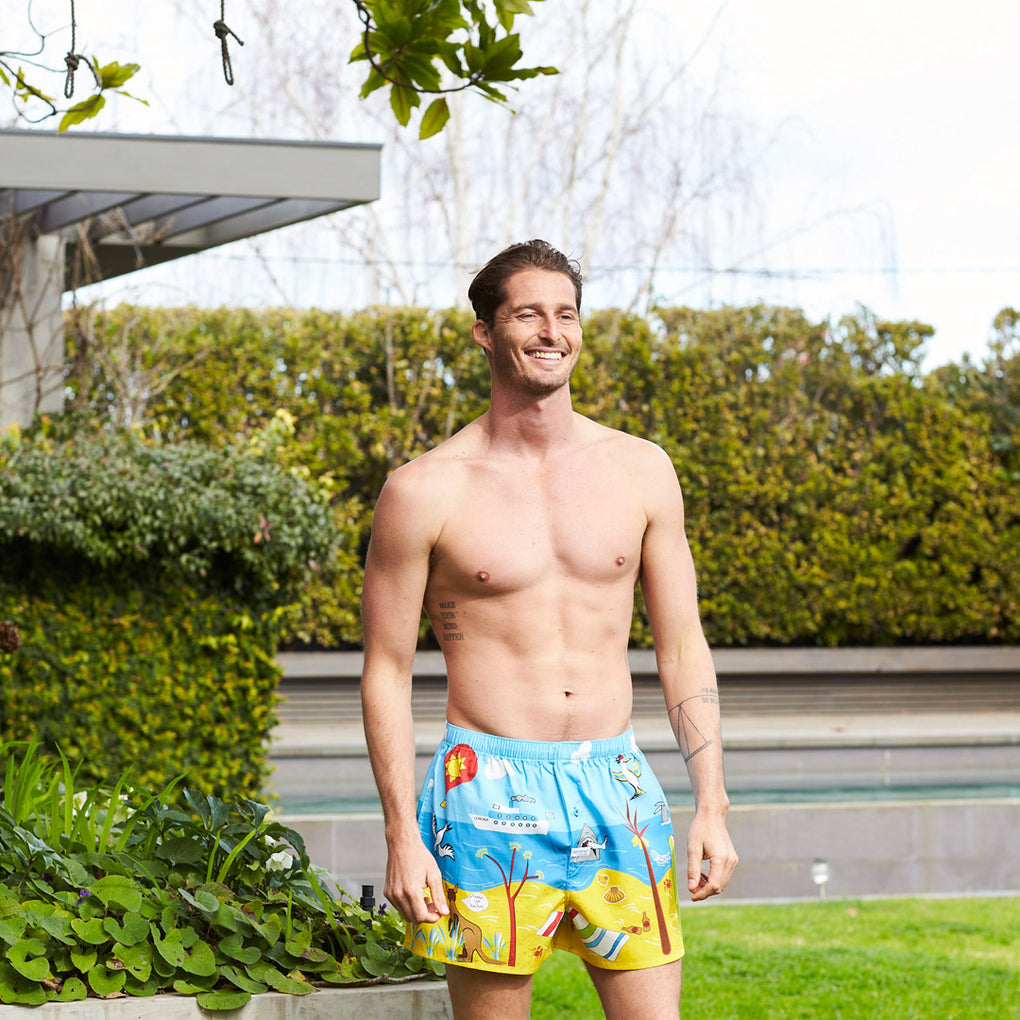Men's Seaside Dreaming Printed Woven Boxer