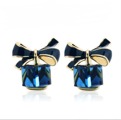 Chic Shimmer Gold Bow Cubic Crystal Earring for Women