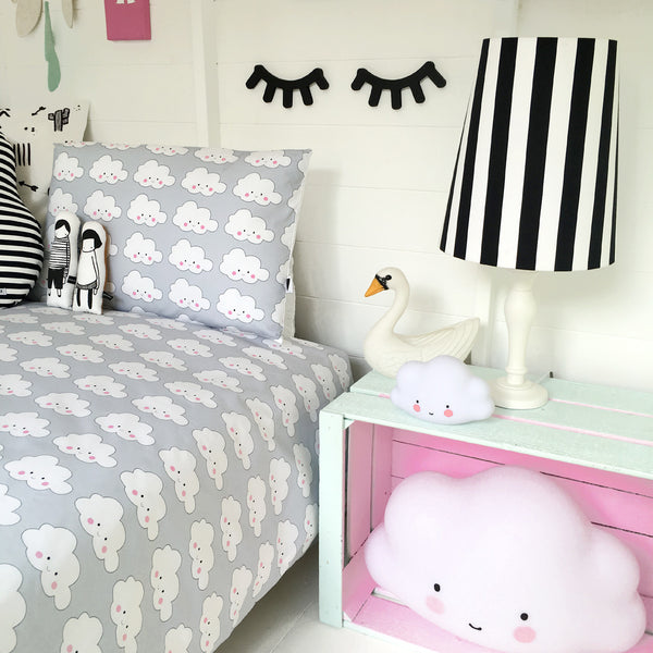 Love Frankie CLOUD FACE 'JUNIOR' DUVET SET IN SOFT GREY