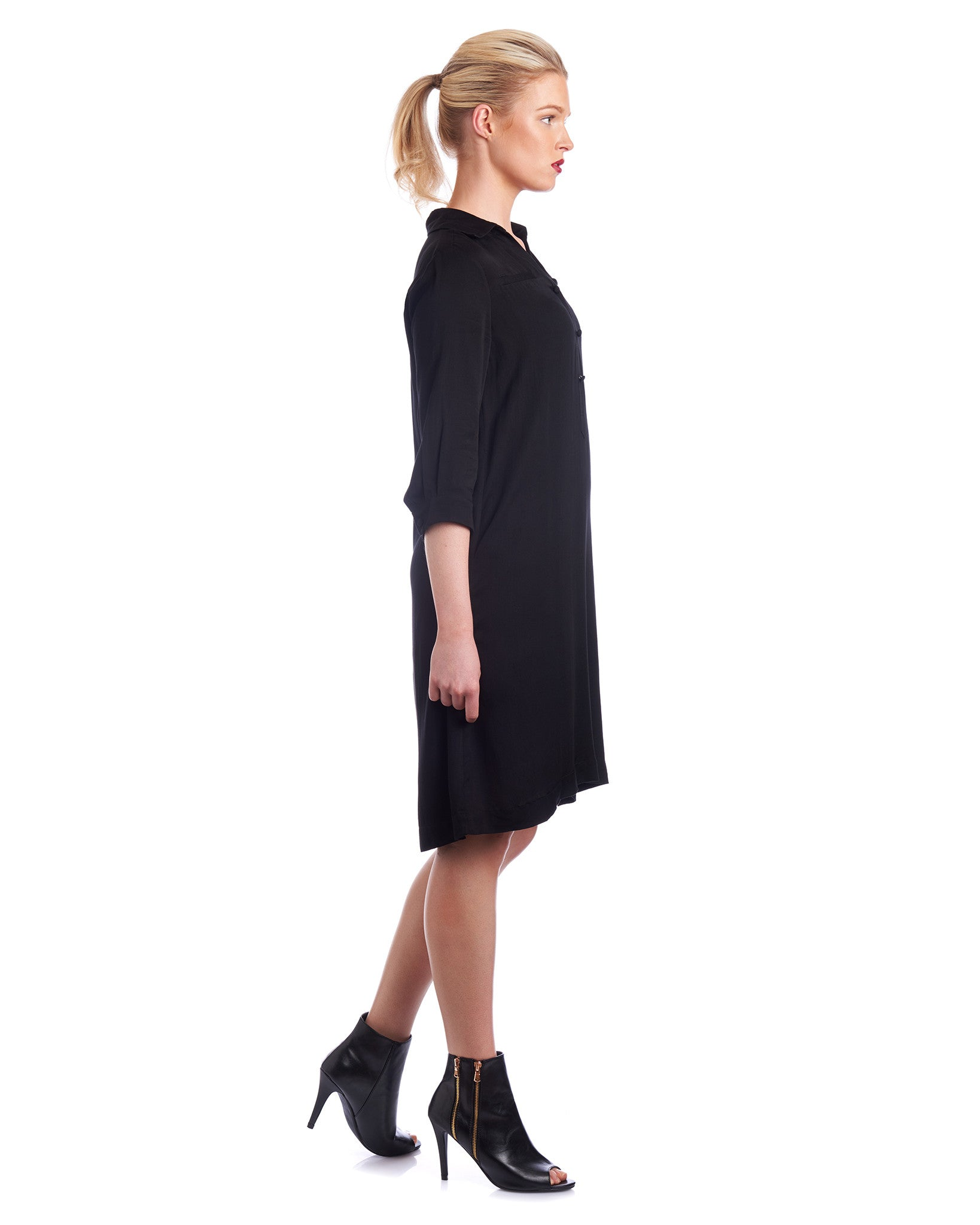 Customise the sleeve length on this Tahlo shirt dress in black