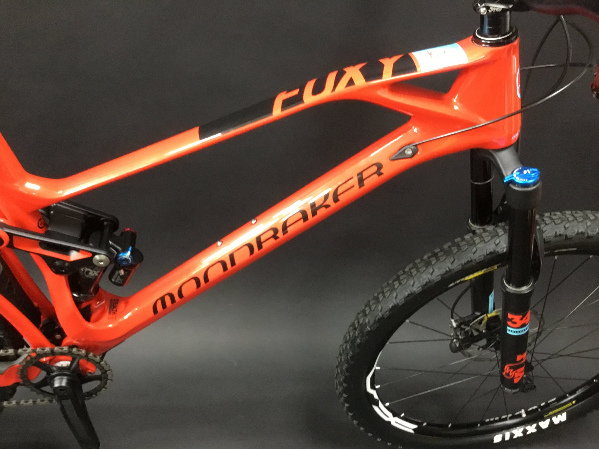 REDUCED by £200 Mondraker Foxy RR Carbon MTB 2018 - Large