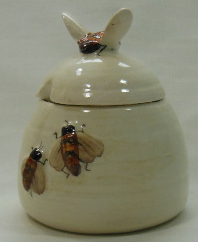 Babbacombe Pottery large bee honey pot.  Free postage to UK addresses.