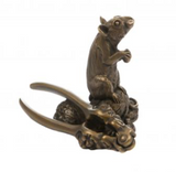 Oriele Bronze: Mouse with Nutcrackers