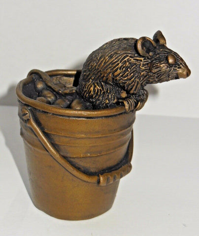 ORIELE BRONZE - MOUSE ON BUCKET