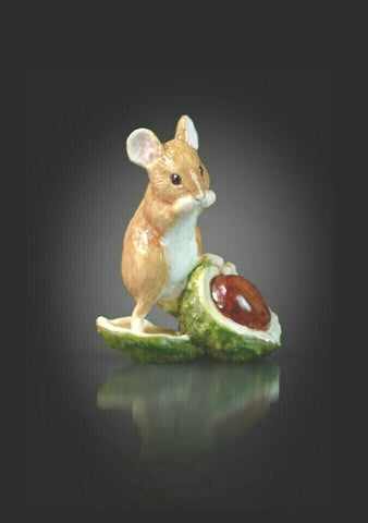 RICHARD COOPER STUDIO - BONE CHINA - MOUSE ON CONKER