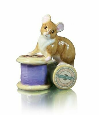 RICHARD COOPER STUDIO - BONE CHINA - MOUSE ON COTTON REEL