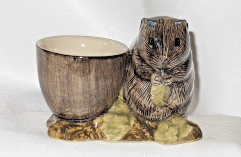 Quail Ceramics: Egg Cup With Water Vole