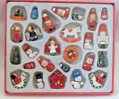 HEAVEN SENDS - 26 Assorted small wooden Christmas tree decorations