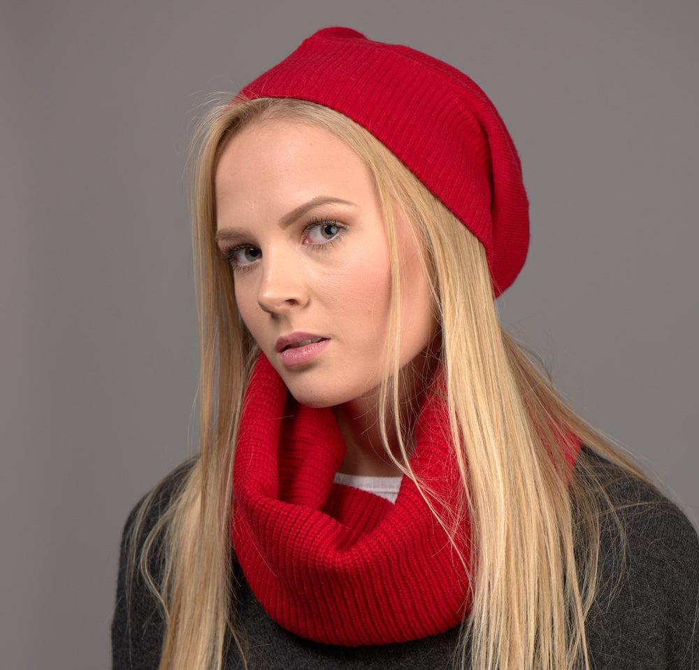 red cashmere snood