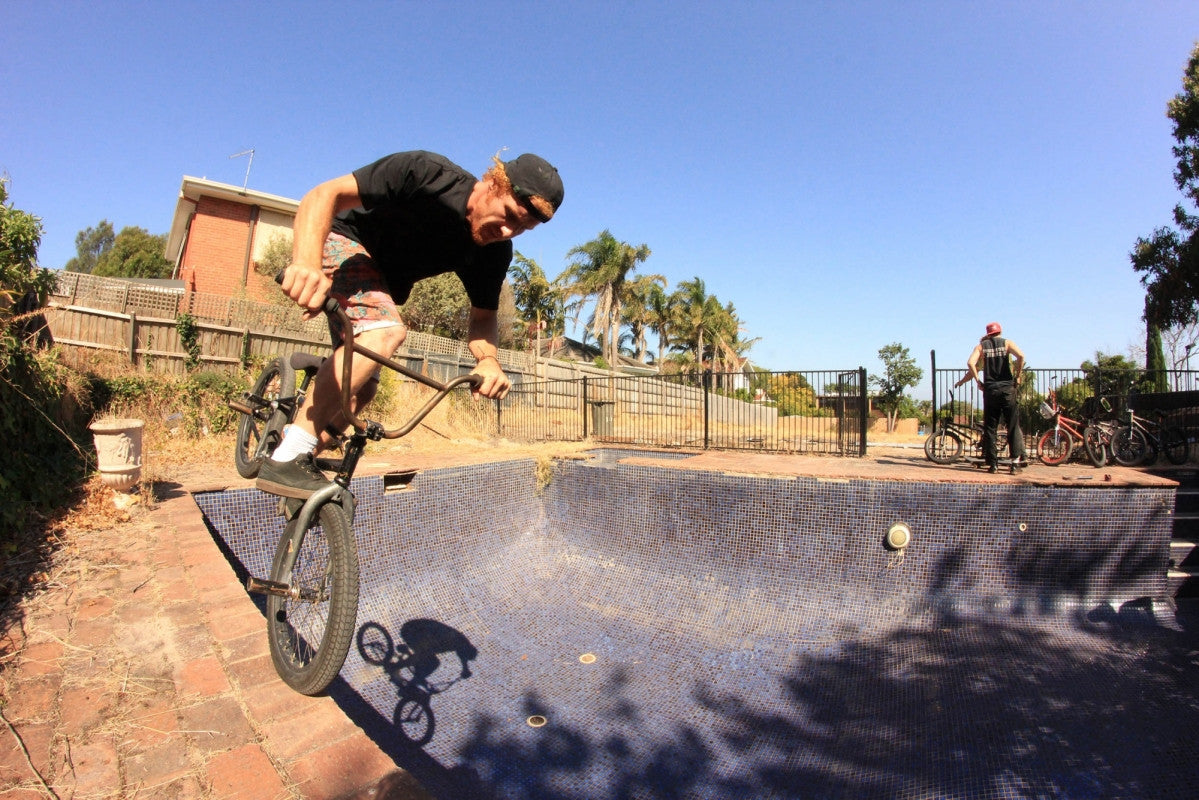 POOL RIDING WITH - NOTHINGS WRONG BMX CREW AUS